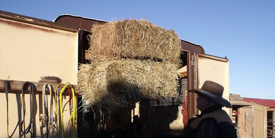 Electric Trailer Dolly >> Herc-U-Lifts | HERCULIFTS | Saddle Lift | Bee Hive Lift | MO