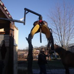 Herc-U-lifts-Herculifts-horse-Hay-saddle-Lifting-hoist-portable-lift-trailer-remote-control-winch